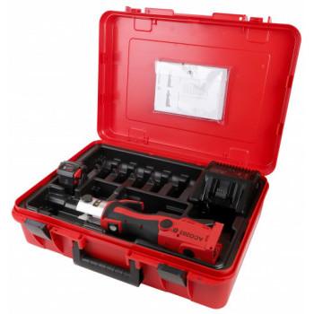 Пресс-инструмент аккумуляторный ACO203 BT с зарядным устройством NOVOPRESS